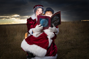 Mrs Clause reading to the young Hobo