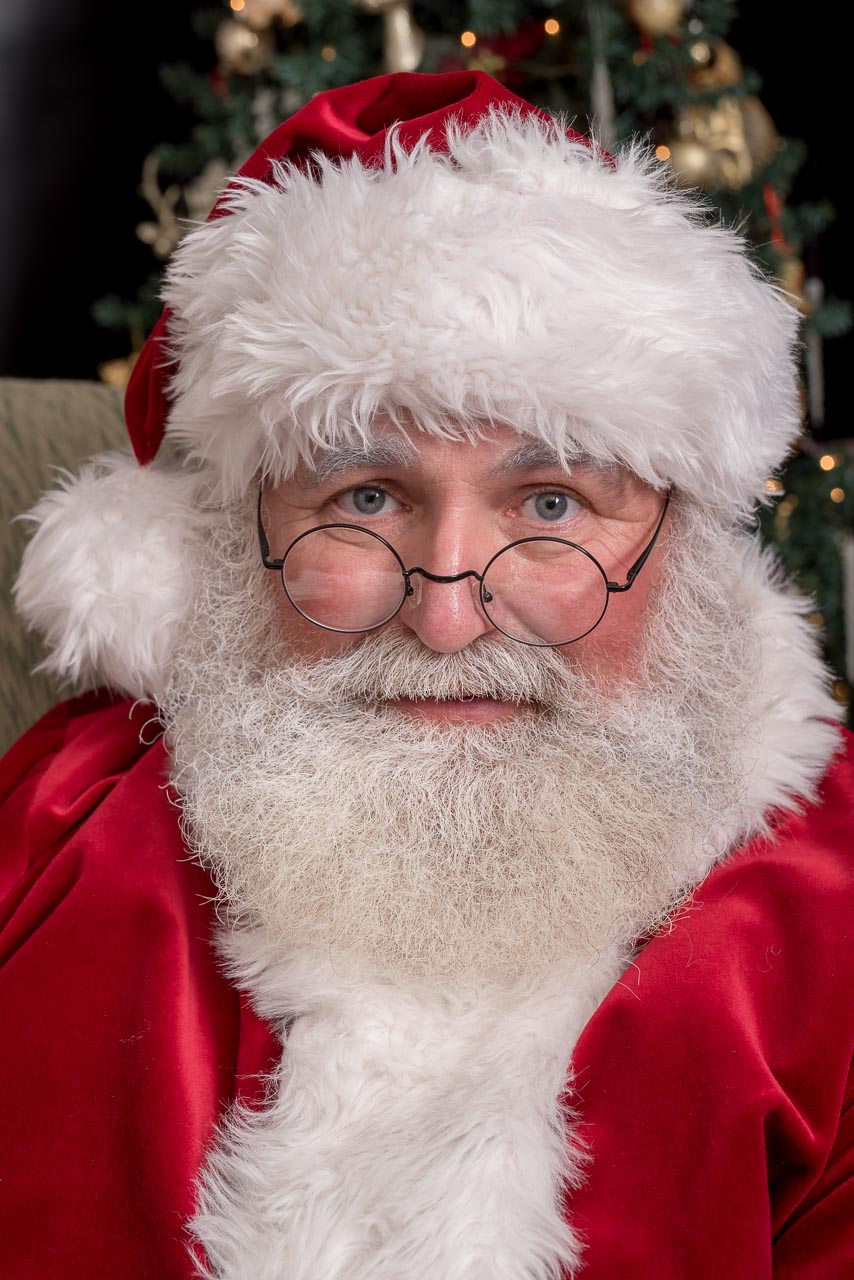 10 tips for hiring a santa for a home visit